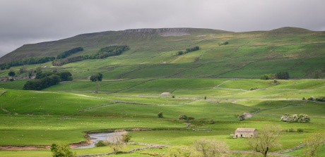 England: Yorkshire Dales – Paradise for Walks in Nature – VIDEO
