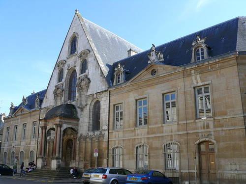 Francie, Dijon – A City of Medieval Architecture (en